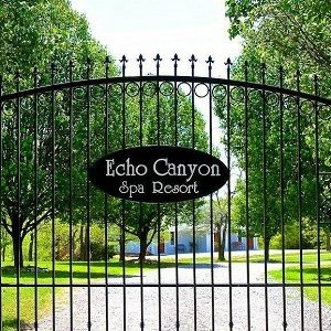 Echo Canyon Spa Resort