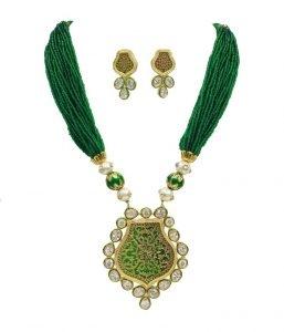 Babosa Sakhi Antique Cz Pendant Set With MeenaKari Enamel & Emerald